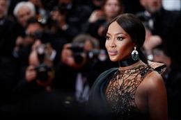 Sự nghiệp của siêu mẫu 'báo đen' 50 tuổi Naomi Campbell