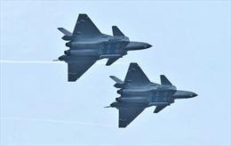 Trung Quốc-Ấn Độ cùng điều chiến đấu cơ tiên tiến ra biên giới