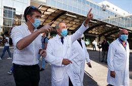 Italy thử nghiệm vaccine trên tình nguyện viên