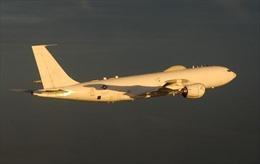 Hai máy bay 'ngày tận thế' của Mỹ xuất hiện sau khi Tổng thống Trump mắc COVID-19