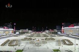 Triều Tiên lần đầu trong 2 năm qua ra mắt ICBM qua diễu binh