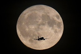 NASA thuê Nokia thiết lập mạng 4G trên Mặt Trăng
