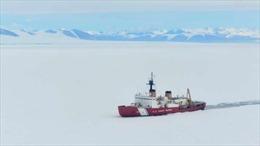 Mỹ vào thế khó khi cố thu hẹp khoảng cách về tàu phá băng với Nga