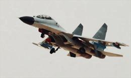 Không quân Trung Quốc lộ vũ khí nghi là tên lửa chống bức xạ