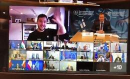 Cuộc họp tối mật của quan chức quân sự EU phải hoãn vì một phóng viên