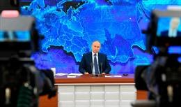 Thế giới tuần qua: Dịch COVID-19 có nhiều diễn biến mới; Tổng thống Nga họp báo cuối năm