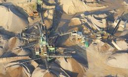 'Mafia cát' trỗi dậy do nguồn cung khan hiếm