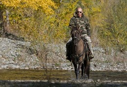 Tổng thống Putin thừa nhận từng ngã ngựa