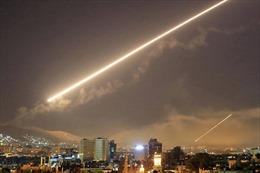 Phòng không Syria đáp trả tên lửa Israel