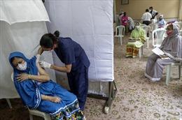 Vì sao Ấn Độ nhanh chóng điều chỉnh chính sách vaccine COVID-19