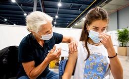 Cậu bé Hà Lan 12 tuổi thắng kiện được tiêm vaccine COVID-19