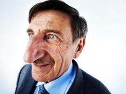 Người đàn ông Thổ Nhĩ Kỳ lập kỷ lục chiếc mũi dài nhất hành tinh