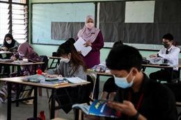 Malaysia thuyết phục phụ huynh cho con đi học dù chưa tiêm vaccine COVID-19