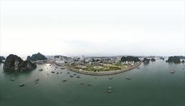 Toàn cảnh thành phố Hạ Long, Quảng Ninh nhìn từ Vịnh Hạ Long