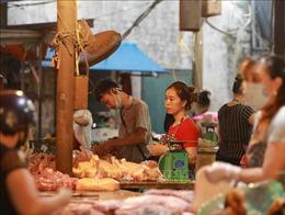 Vẫn lơ là phòng, chống dịch tại chợ đầu mối Hà Nội