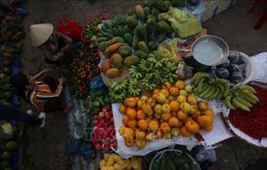 Những phiên chợ nông sản, chợ hoa tất bật ngày cuối năm