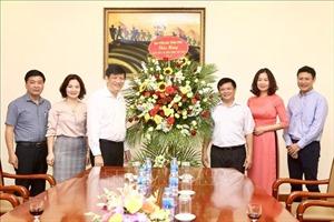 Phó Tổng giám đốc TTXVN Đinh Đăng Quang tiếp Đoàn đại biểu Ban Tuyên giáo Trung ương