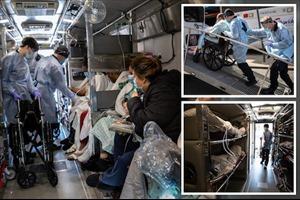 Bên trong những chiếc xe chật kín bệnh nhân mắc COVID-19 tại New York