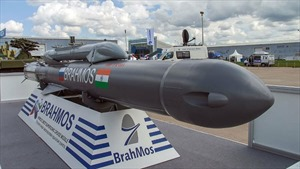 Ấn Độ và Nga tìm cách xuất khẩu tên lửa siêu thanh