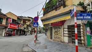 Tìm lại  'nét thâm nâu' nơi Phố Hàng 'kẻ chợ' trong những ngày Hà Nội chống dịch COVID-19