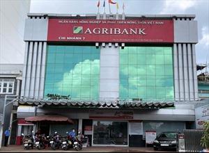 Agribank Chi nhánh 7 ủng hộ công tác phòng, chống dịch trên địa bàn Quận 7