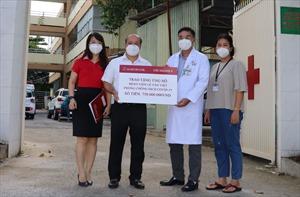 Agribank Chi nhánh 9 hỗ trợ kinh phí chống dịch COVID-19 cho bệnh viện Lê Văn Việt