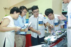 Khai giảng Khóa học Nhập môn thiết kế và Lập trình Robotics