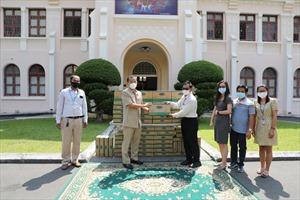 Angkormilk trao tặng48.000 sản phẩm sữa hỗ trợ người dân và trẻ em 'vùng đỏ' trong dịch COVID-19