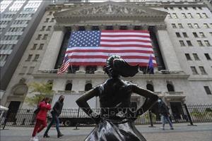 Các trung tâm tài chính Âu - Mỹ giữ vững phong độ trong đại dịch