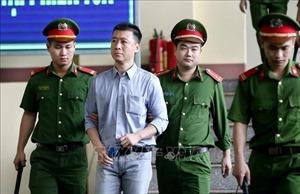 Những hình ảnh ngày thứ 4 xét xử vụ án đánh bạc nghìn tỷ tại Phú Thọ