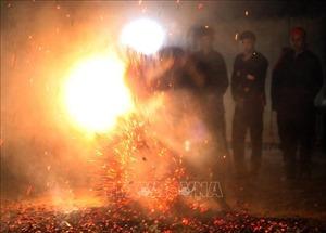 Đặc sắc lễ hội nhảy lửa của dân tộc Dao ở Điện Biên