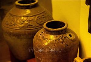 Chiêm ngưỡng nhiều hiện vật quý tại Bảo tàng tỉnh Kiên Giang