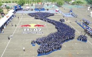 Trên 2.000 người đã cùng nhau thiết lập nên kỷ lục châu Á