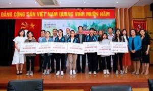 Giải golf từ thiện 'Vì trẻ em Việt Nam 2020' hướng về miền Trung