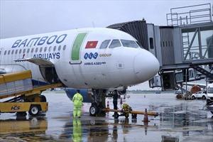 Bamboo Airways bay chuyên cơ khứ hồi đưa y, bác sĩ chi viện miền Nam chống dịch