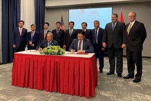 AES và PV Gas ký kết Thỏa thuận Liên doanh dự án Kho cảng LNG Sơn Mỹ