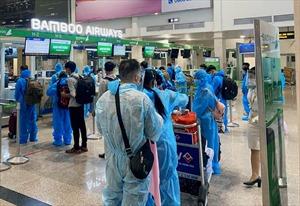 Khoảng 500 hành khách vùng núi phía Bắc về quê an toàn trên các chuyến bay của Bamboo Airways