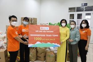 Ấm lòng 1.000 giỏ quà san sẻ tiếp sức phụ nữ, trẻ em nhân ngày 20.10