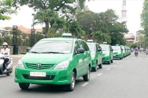 Hà Nội cấp mã số xác nhận bằng tin nhắn đối với hoạt động vận chuyển bằng xe taxi