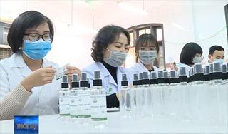 Tặng 1.000 lít dung dịch rửa tay khô cho các bệnh viện
