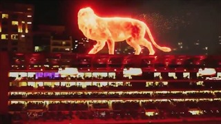 Xem sư tử không gian ba chiều nhảy chồm xuống sân vận động