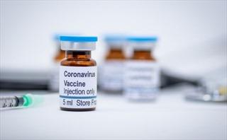Mỹ xuất xưởng lô vaccine COVID-19 đầu tiên