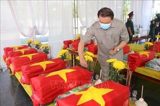 Quảng Trị truy điệu và an táng hài cốt liệt sĩ Việt Nam hy sinh tại Lào