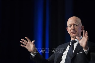 Tỷ phú Jeff Bezos 'tăng tốc'bán cổ phiếu Amazon