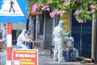 Hà Nội: Lấy mẫu xét nghiệm COVID-19 cho người dân phố Tô Hiến Thành