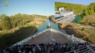 Du thuyền khổng lồ đi qua kênh đào siêu hẹp
