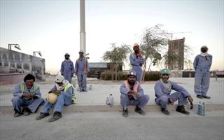 Qatar điều chỉnh chính sách với lao động nhập cư