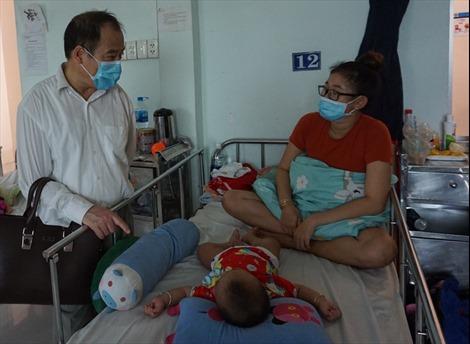 Bệnh tay chân miệng và sốt xuất huyết chững lại, sởi vẫn tiếp tục tăng