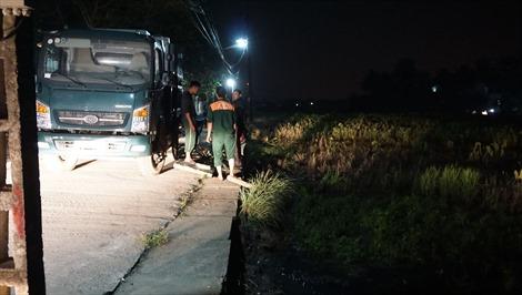 Thanh Hóa: Mương dẫn nước bốc cháy do sự cố tràn dầu của doanh nghiệp