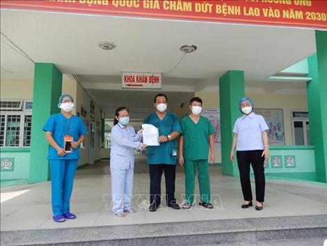 Đã có 425 bệnh nhân mắc COVID-19 được công bố khỏi bệnh